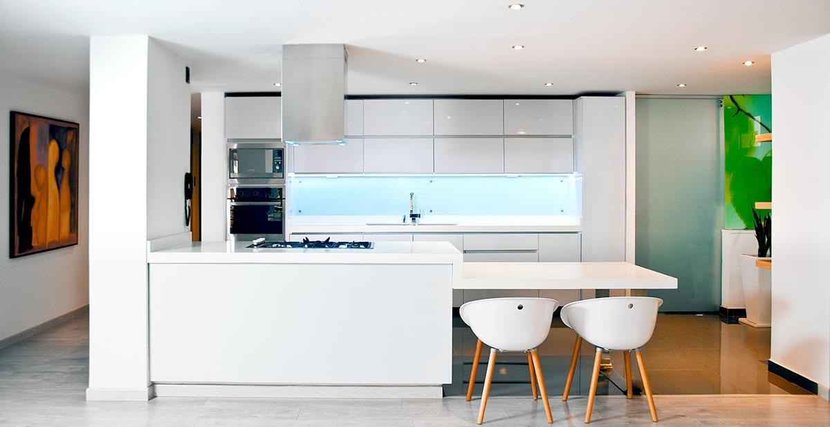 Finiture cartongesso in cucina: colore ed effetti